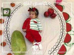 ژست عکس نوزاد دختر، ایده عکاسی نوزاد با تم یلدا